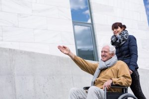 Tips for traveling with seniors that have special needs